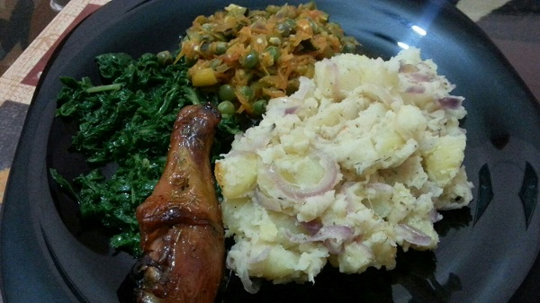 Home Meals, Potatoes, Peas, Spinach,  Chicken